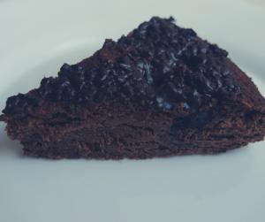 Niskowęglowodanowe brownie z malinami