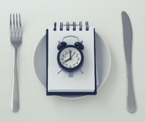 Ile posiłków dziennie jeść?