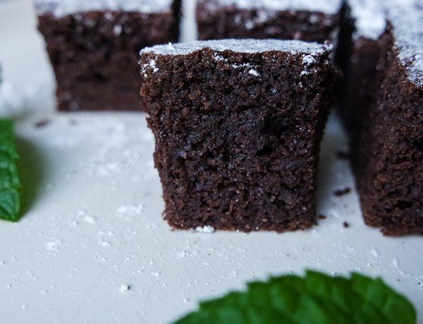 Keto ciasto czekoladowo-miętowe dieta ketogeniczna jadietetyk blog deser przepisy
